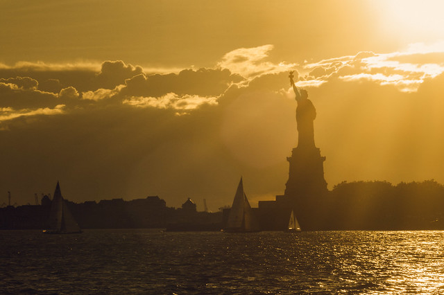 Lady Liberty Silhouette