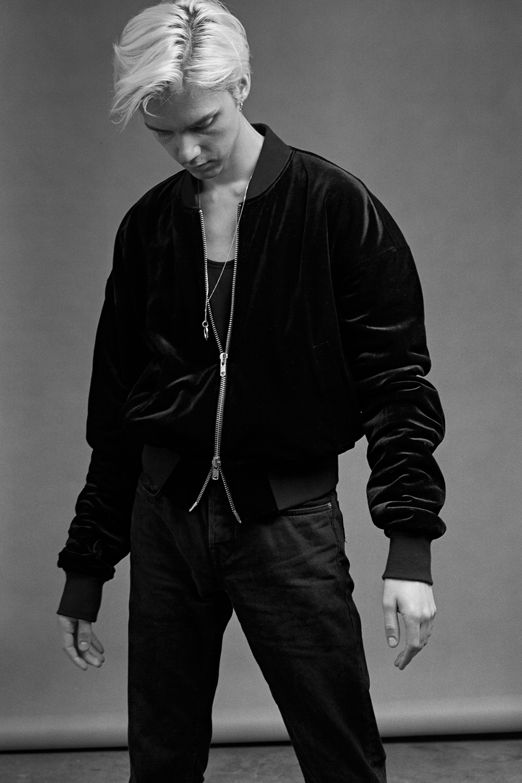 mikkoputtonen_MatthewAttardNavarro_studio_portraits_fashion_blogger3