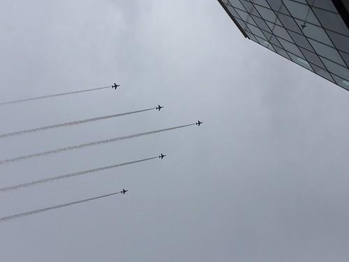 八王子市制100周年記念 ブルーインパルス展示飛行