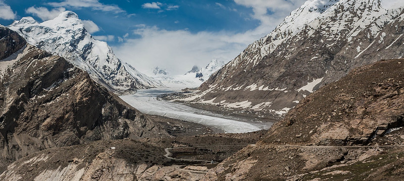 At Pensi La, Drang Drung glacier dominates almost everything. The narrow road acknowledges it's authority and runs submissively alongside the glacier