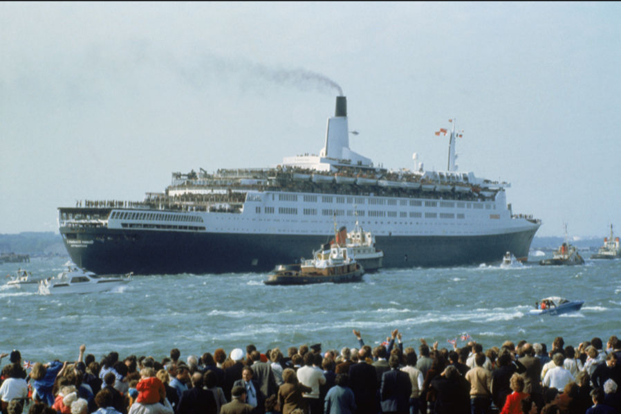 QE2 departs Southampton filled with troops bound for the Falkland Islands War in the South Atlantic Ocean, May 12, 1982.