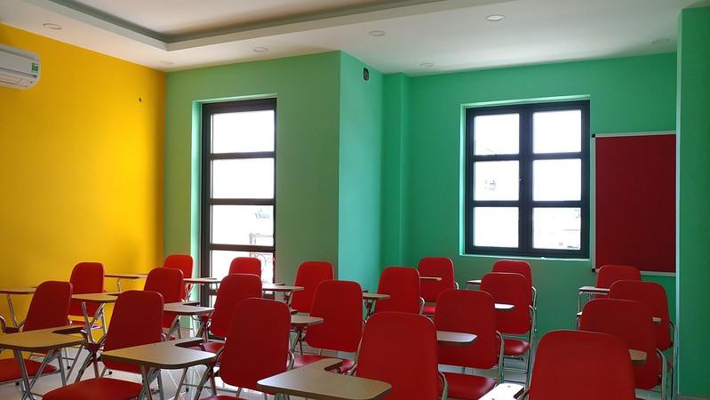Ms Hoa Và Cộng Sự là trung tâm anh ngữ uy tín và có thâm niên hoạt động trong ngành.