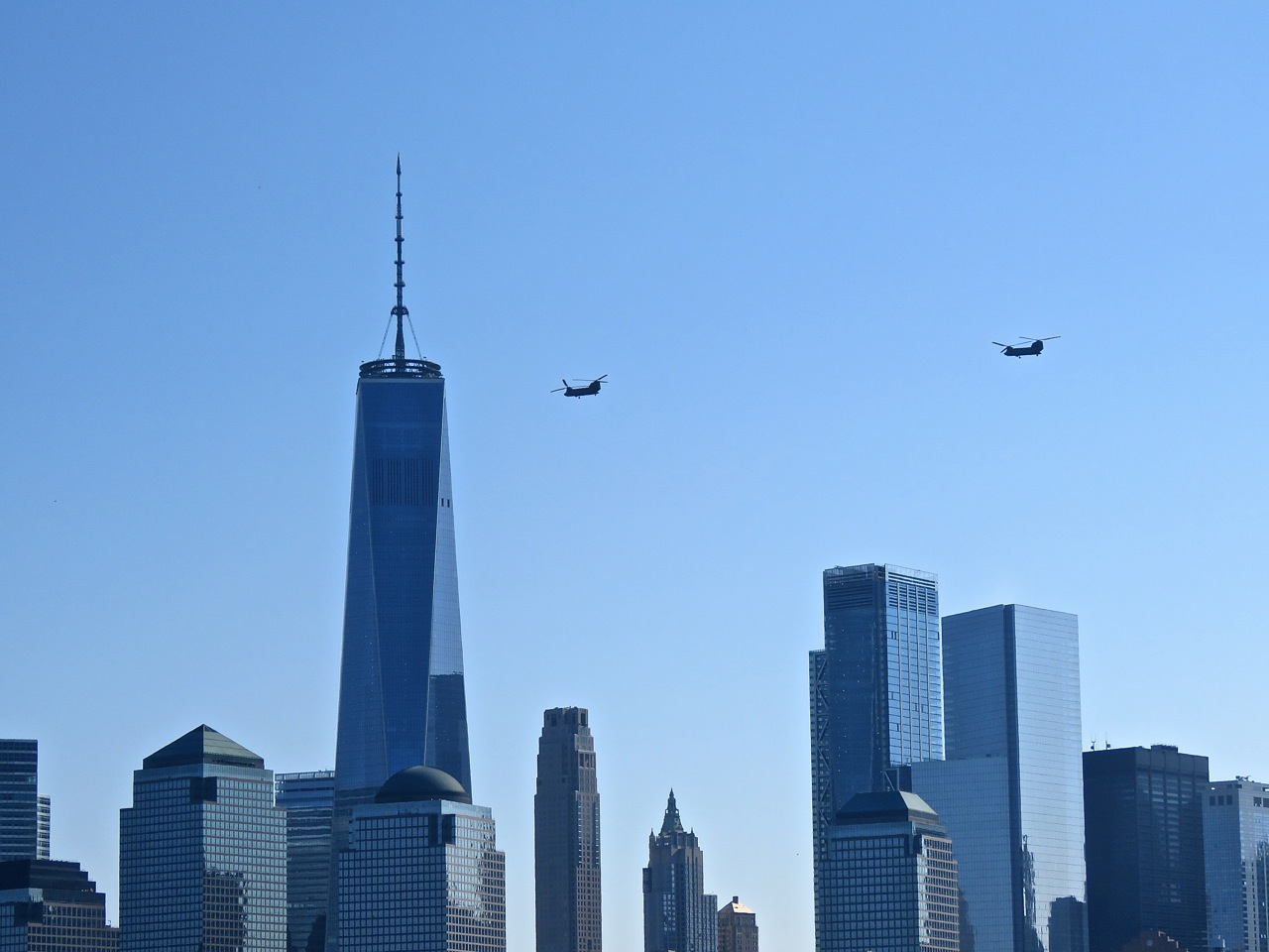 Freedom Tower Chinook Helicopters
