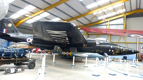 WV787 'Royal Air Force' English Electric Canberra B2 (Mod) on 'Dennis Basford's railsroadsrunways.blogspot.co.uk'