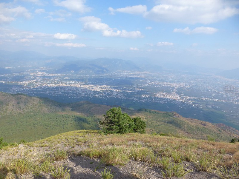 Vesuvius: view inland from rim