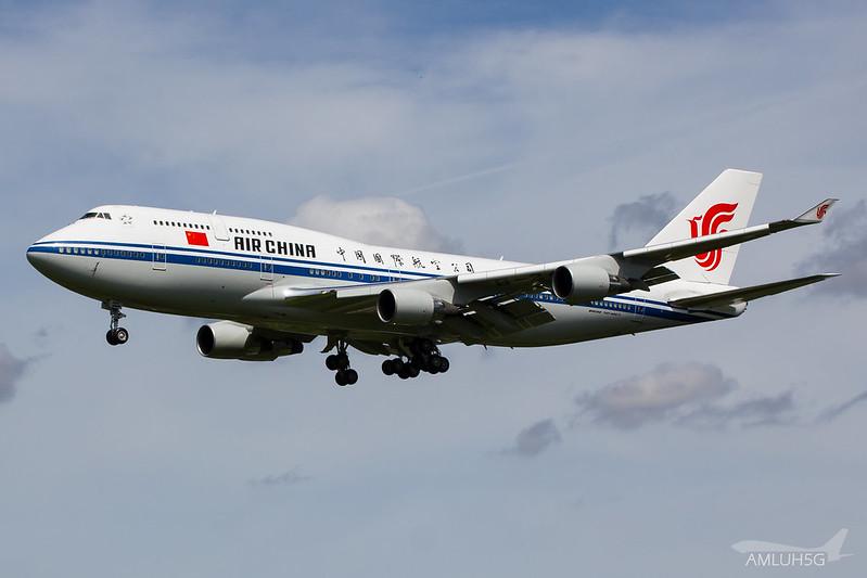 Air China - B744 - B-2472 (2)