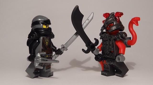 Mini-recenzja #16 – Magazyn Lego Ninjago 72017 11