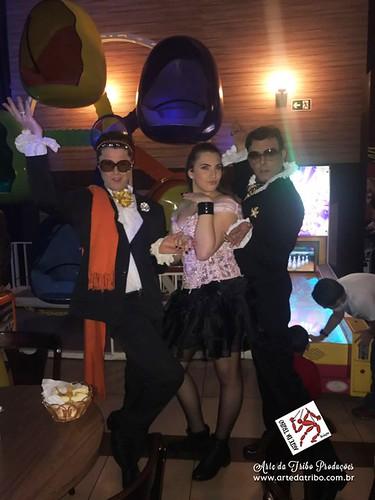 FESTA DE DEBUTANTE – Buffet Planeta Kids - Os Estilistas e Lolita