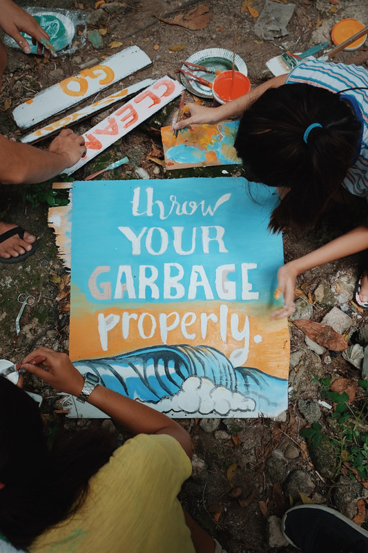 Throw Your Garbage Properly