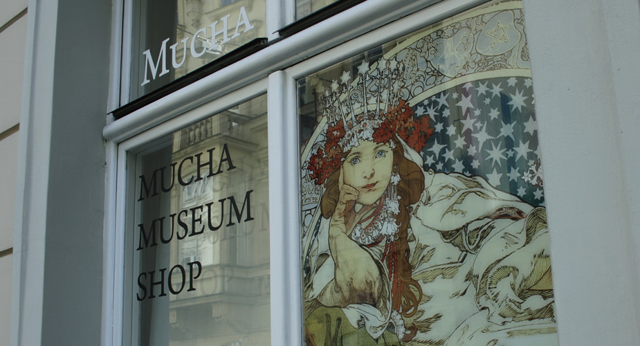 48 hours in Prague, what to do? Visit the Mucha Museum | Mooistestedentrips.nl