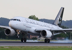 Brussels Airlines (Star Alliance Livery) A319-100 OO-SSC
