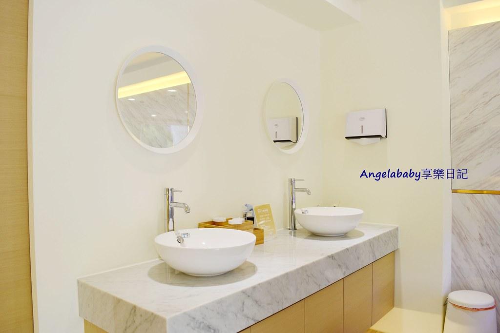 店內的洗手台-台中牙齒美白推薦