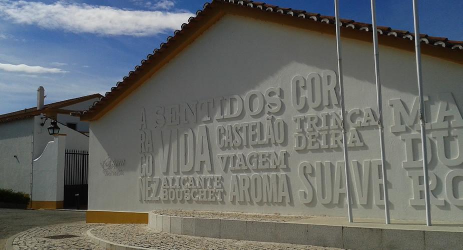 Wijn proeven in Alentejo, Portugal: Adega Cartuxa | Mooistestedentrips.nl