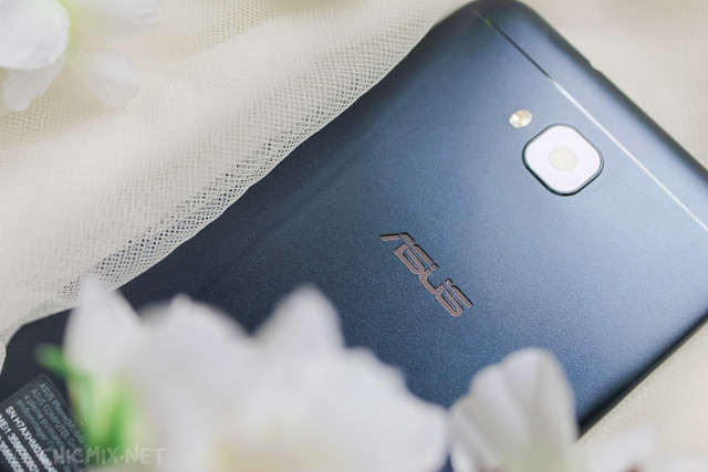 Asus-Zenfone-4-Selfie-unboxing-review-6943