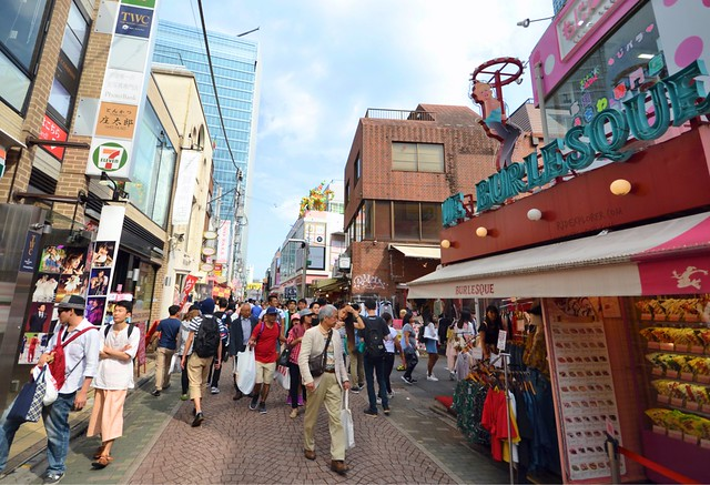 japan itinerary travel guide takeshita street