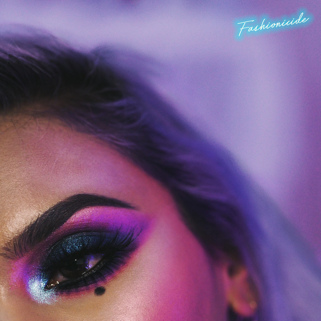 Synthwave 80s Retro Makeup Look 2