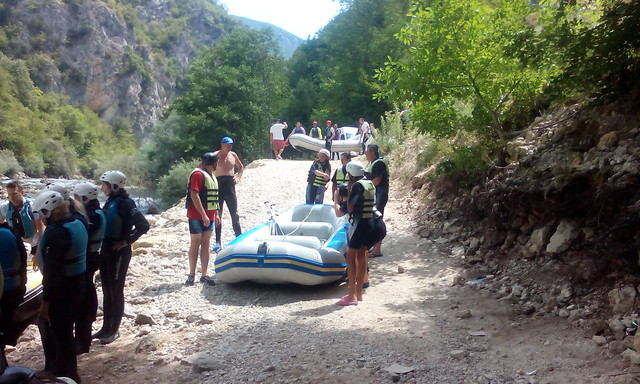 Your rafting tour on the Neretva
