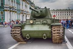 KV-1 on Dvortsovaya Sq. Saint-Petersburg  КВ-1 на Дворцовой.