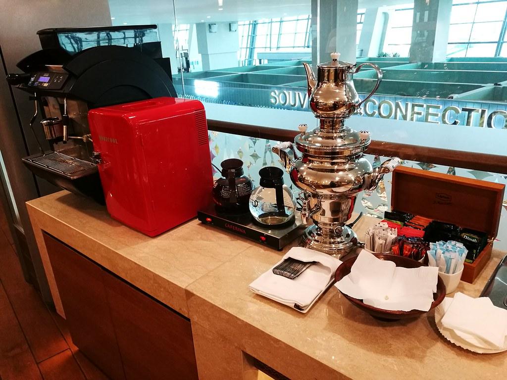 Espresso machine and tea
