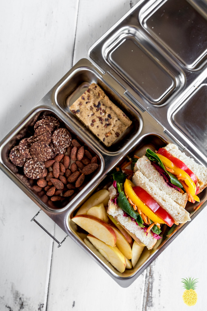 Rainbow Pesto Hummus Sandwich {oil-free} sweetsimplevegan.com #vegan #oilfree #pesto #pestohummus #veganlunch