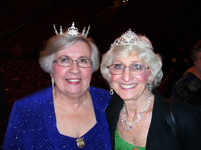 Queen Mums Mary & Lou