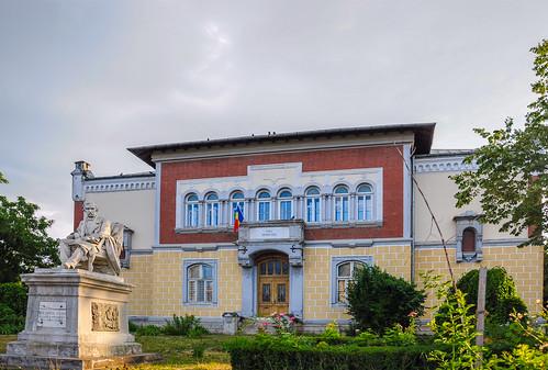iasi romania school education architecture cityscape gheorgheasachi