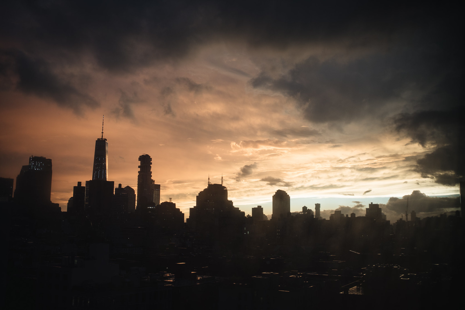 New York Skyline on juliettelaura.blogspot.com