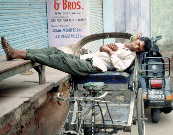 025-1India1995