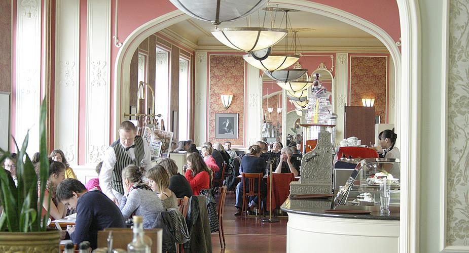 Stedentrip Praag, Café Louvre | Mooistestedentrips.nl