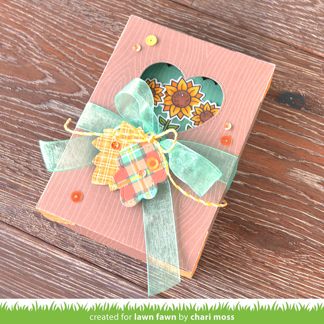 GiftBox_KnockOnWood_FallTinyTags_ChariMoss1