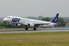 LOT Polish Airlines Embraer ERJ-195-200LR SP-LNF