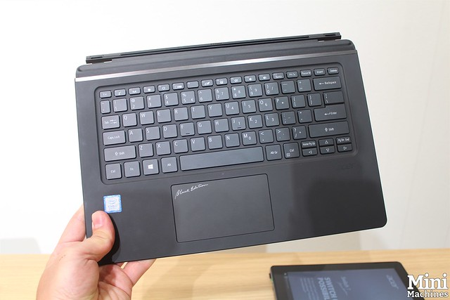 Acer Switch 7 Black Edition - 31