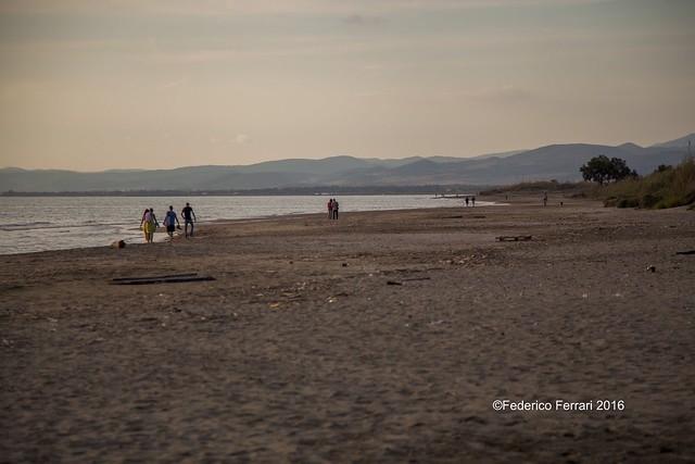35 torre flavia spiaggia 24-105 - 105mm litorale verso nord e bagnanti