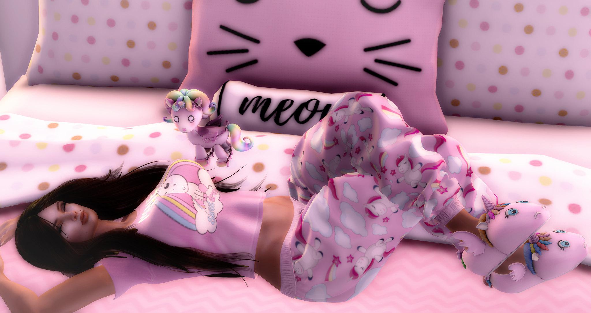 Soft kitty, sleepy kitty