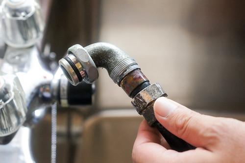 シャワーホースの交換