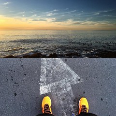 New running shoes courtesy of @mizunorunning and #brandIDsa which goes beautifully with the @capetown sunsets :runner: watch as I test them out over the next few weeks  #mizunowave #mizunowaverider20 #mizuno #mizunoshoes @brandid #seapointpromenade #capet