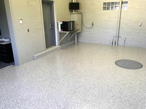 Industrial Epoxy Flake Office Floor- Houston, TX