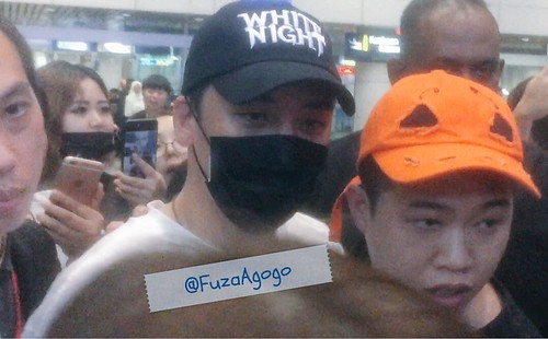 Seungri arrival KL by k_popped