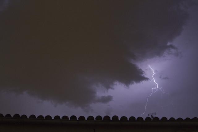 lightning POV Calle Dr. Piga; Lavapies, Madrid (2017)