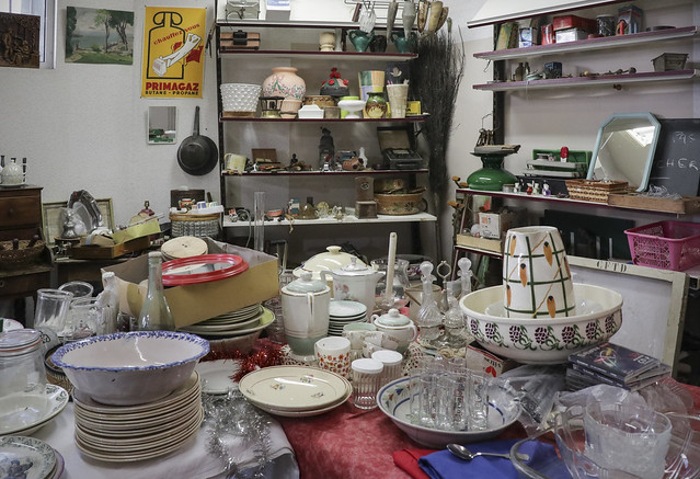 Brocante shop, Briouze