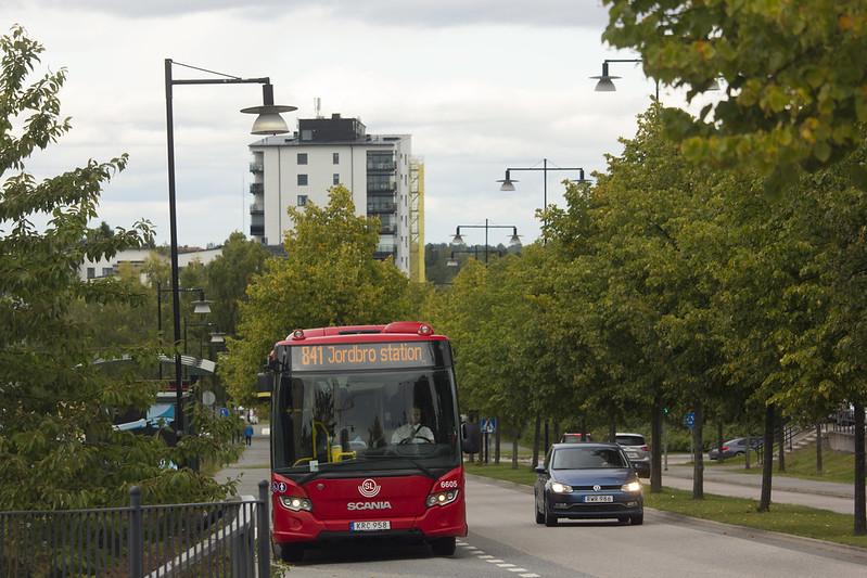Bus 841
