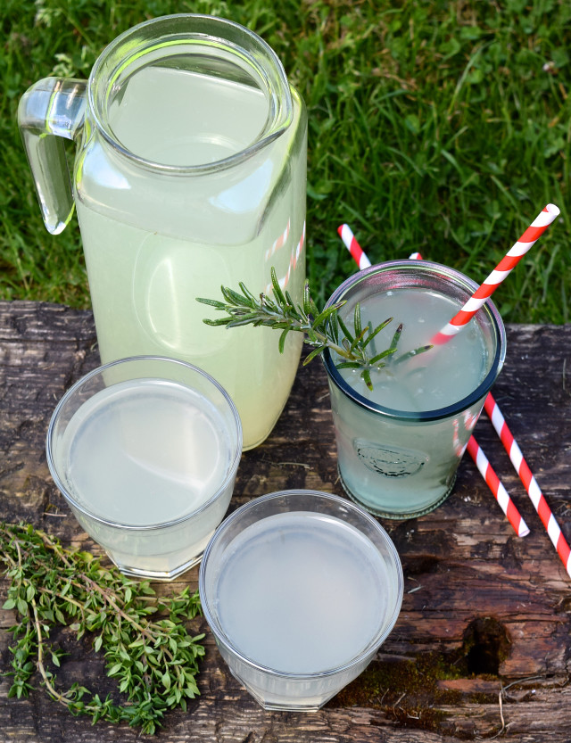 Thyme Lemonade, plus how to make any homemade infused lemonade to use up leftover herbs