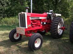 Farmall type 1206 Diesel tractor
