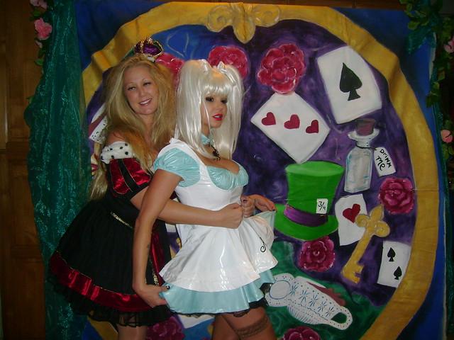 Alice In Wonderland Party, Sony DSC-S500