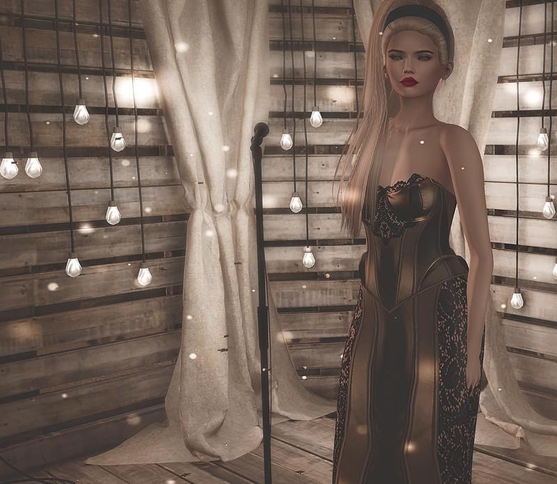 The golden girl....