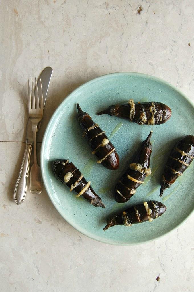 Hasselback baby eggplants / Mini berinjelas Hasselback