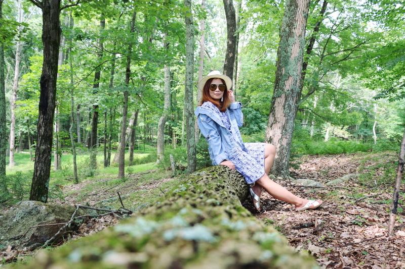 denim-jacket-blue-dress-coverup-straw-hat-6