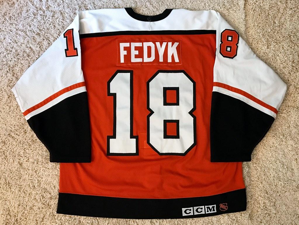1992-93 Game Worn Brent Fedyk, road set ? (Back)