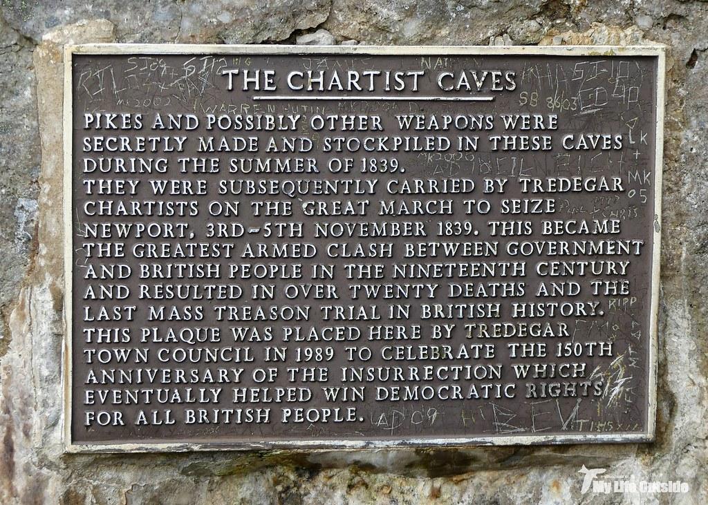 P1100588 - Chartist's Cave, Trefil