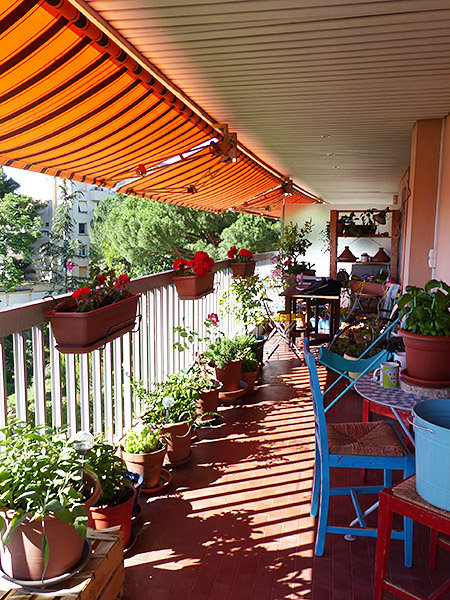 ombre sur la terrasse